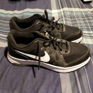Nike Shoes - Men's Nike sneakers